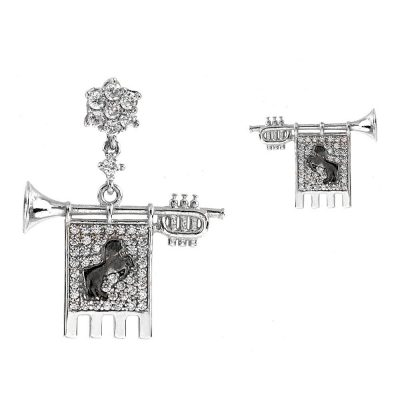 ClClarions of Musicians Asymmetrical Earrings Stones White
