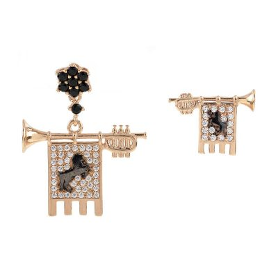 Clarions of Musicians Asymmetrical Earrings Stones Black