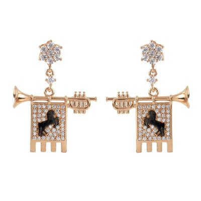 Clarions of Musicians Symmetrical Earrings Stones White