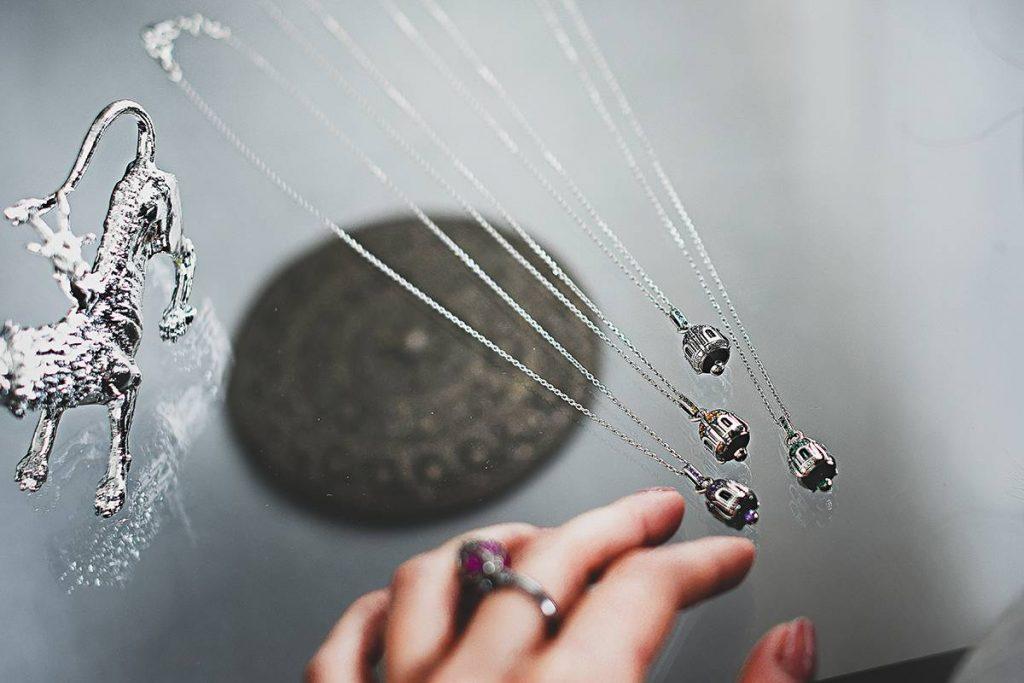 Pulizia gioielli ed elementi in argento